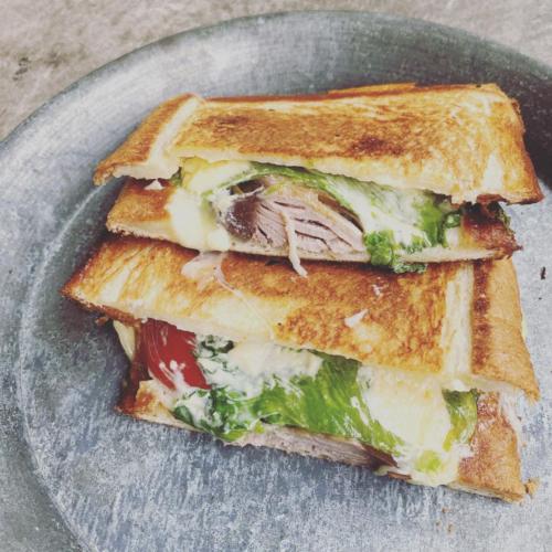 かつおのサンドイッチ(ホットサンド) サムネイル